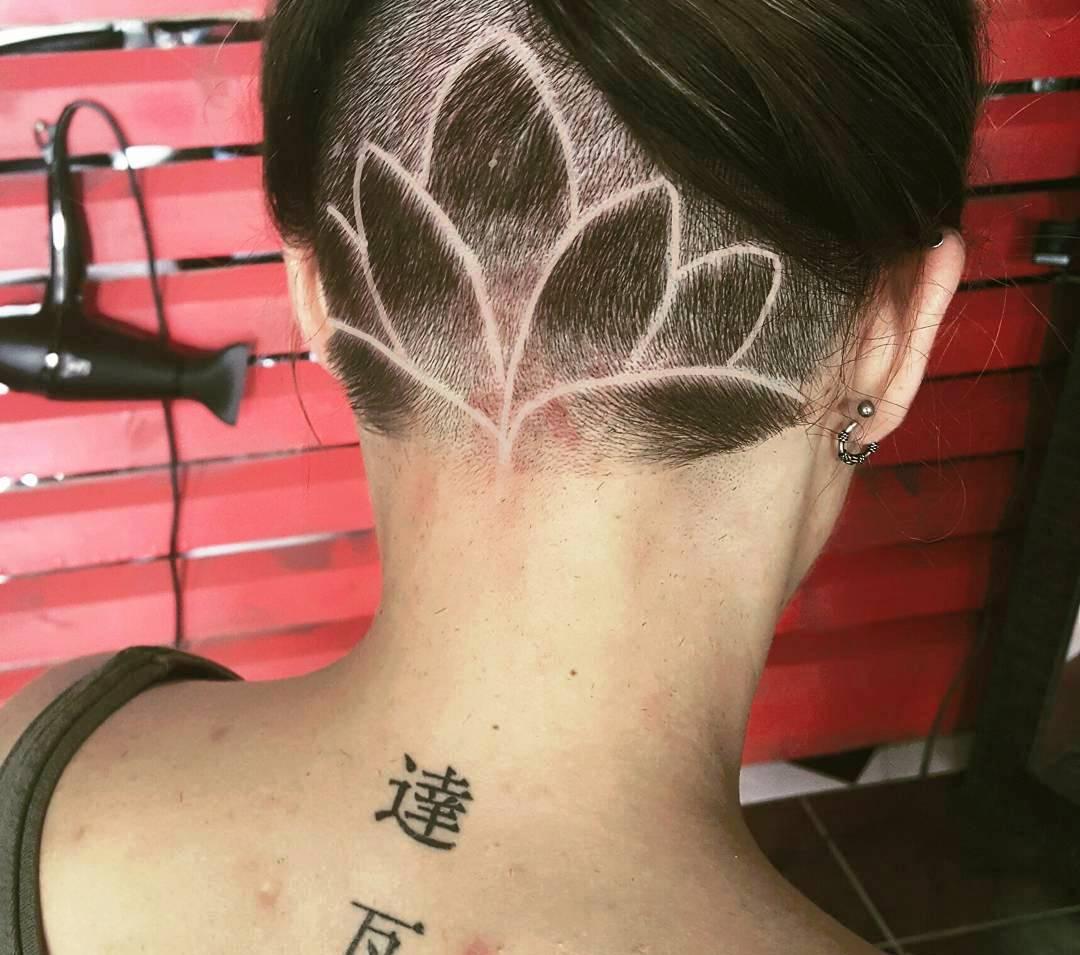 Trendy Hair Tattoos Designs For Women