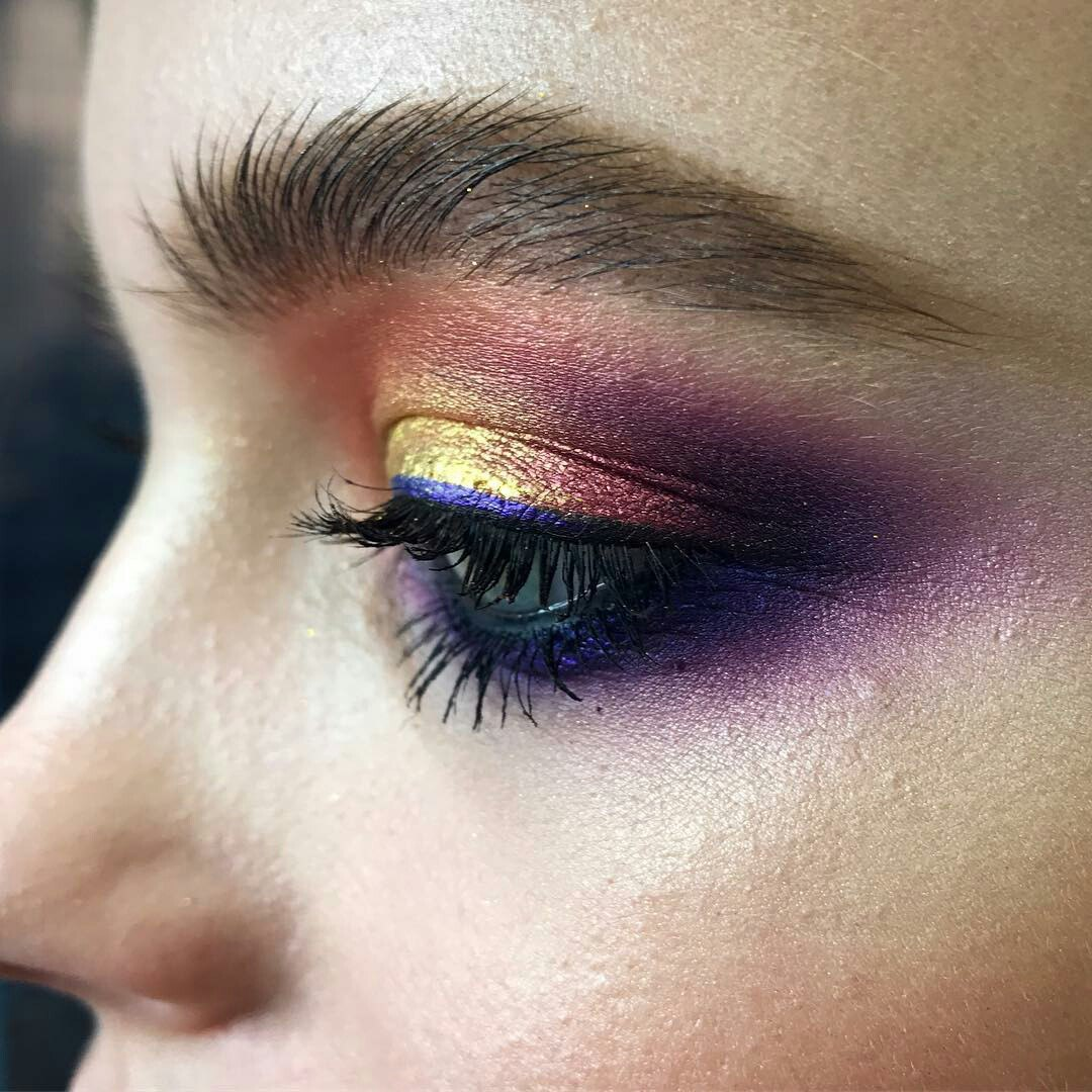 Smokey Eye Makeup Tutorial And How To Do It Ladylife