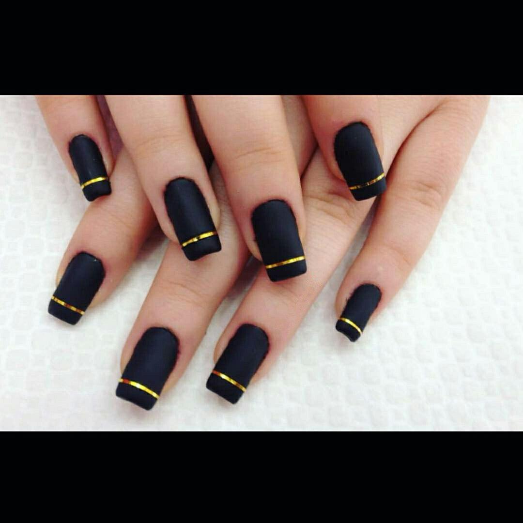 Nail Polish Strips: How to Use Nail Striping Tape with Gel Polish ...