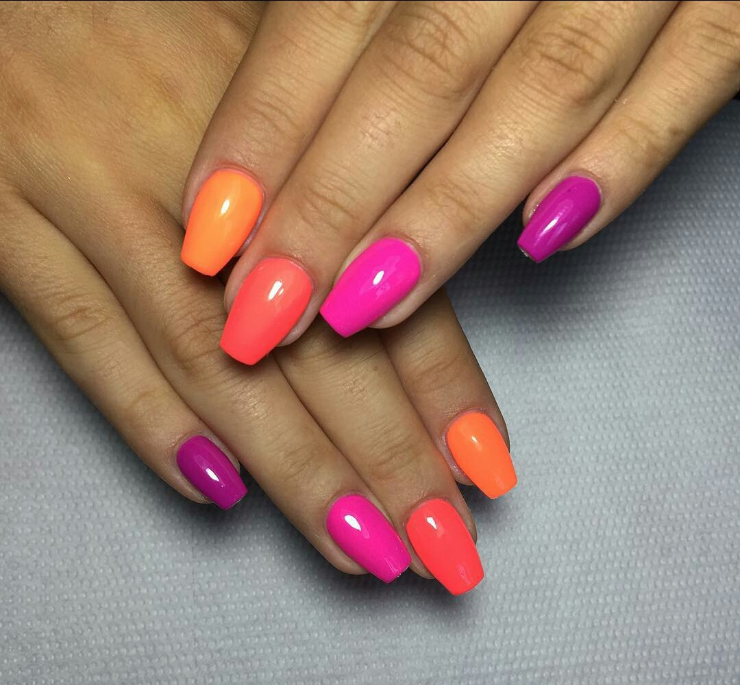 Multi Coloured Nails: Designs and Ideas - Multi Coloured Nails: New Trend And Best Designs LadyLife