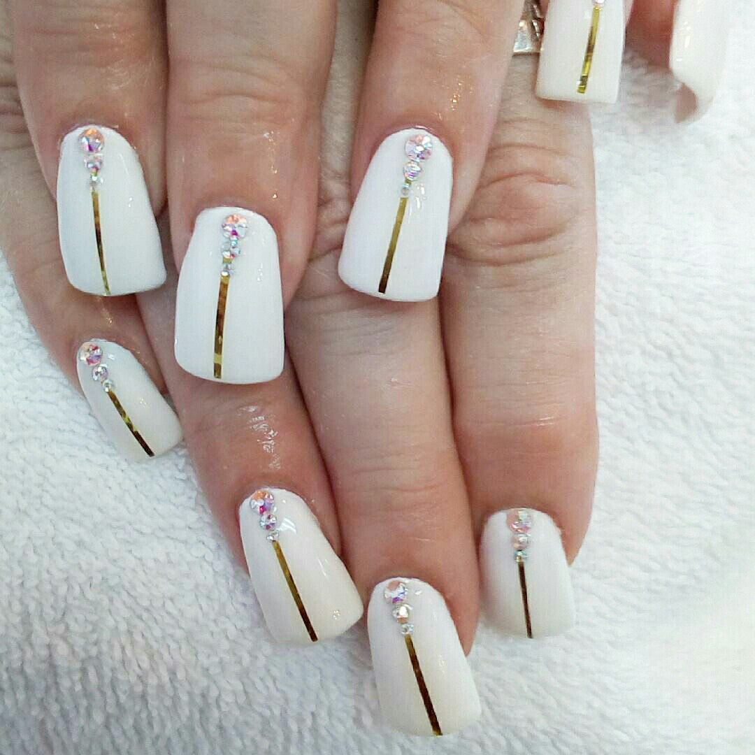flare shaped nails