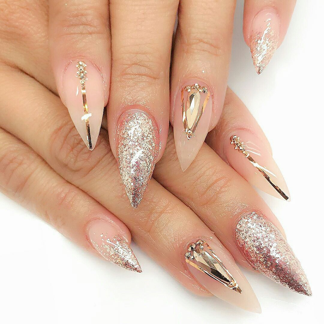 Mountain Peak Nail Designs | Graham Reid