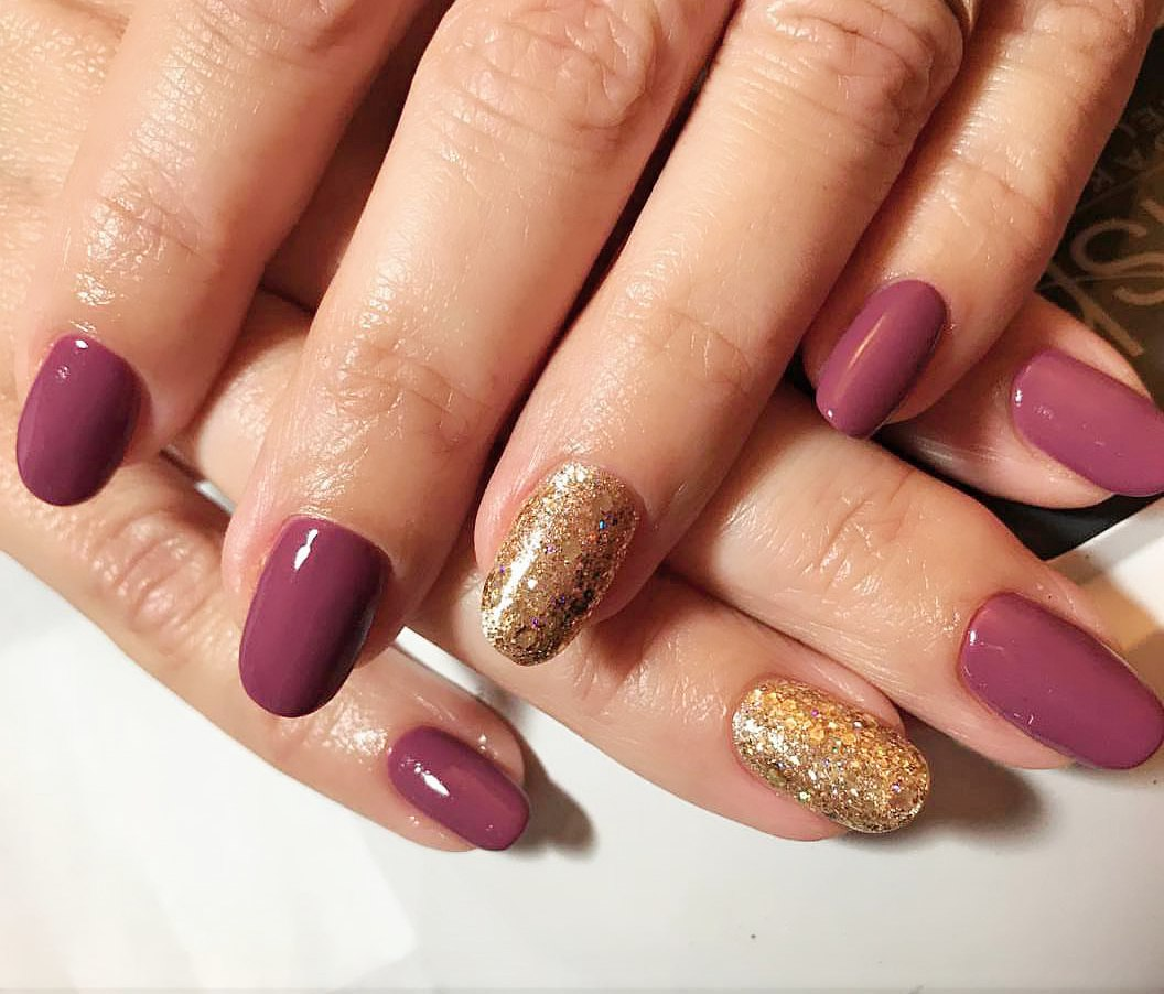 rounded nails art