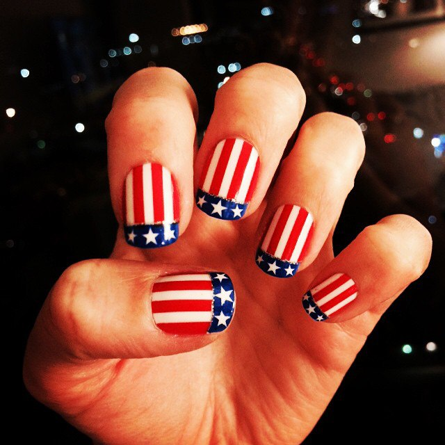 "One of the most important advantages of the ""American flag"" is that even a  beginner in nail art can cope with the task. There are no complex elements,  but, ... - 4th Of July Nails: Cute Nail Art And Design With American Flag"