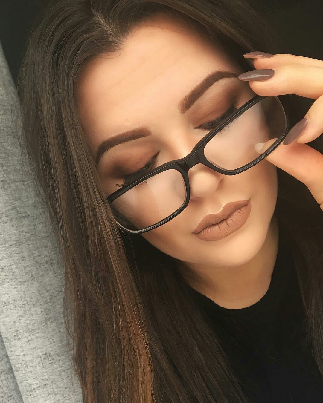Forum on this topic: Wearing Makeup With Glasses: 6 Areas to , wearing-makeup-with-glasses-6-areas-to/