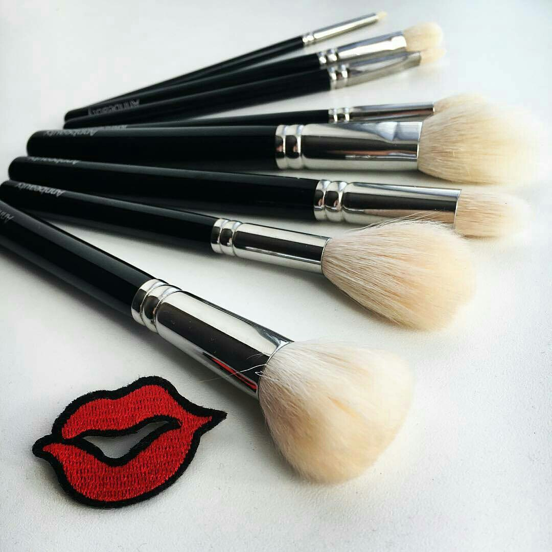 Clean Makeup Brushes Best Way Wash Home