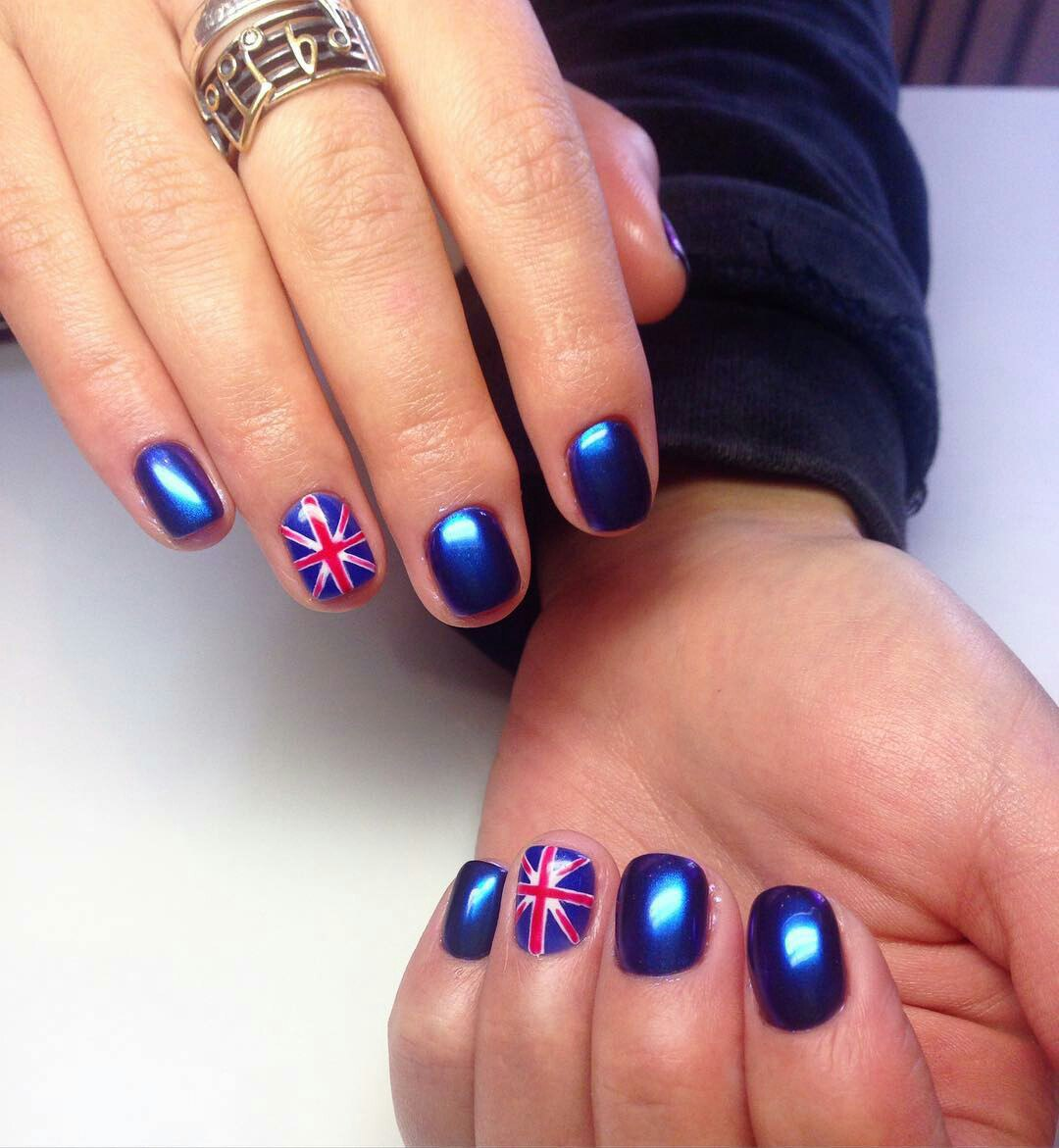 British Flag Nails Art and Designs | LadyLife