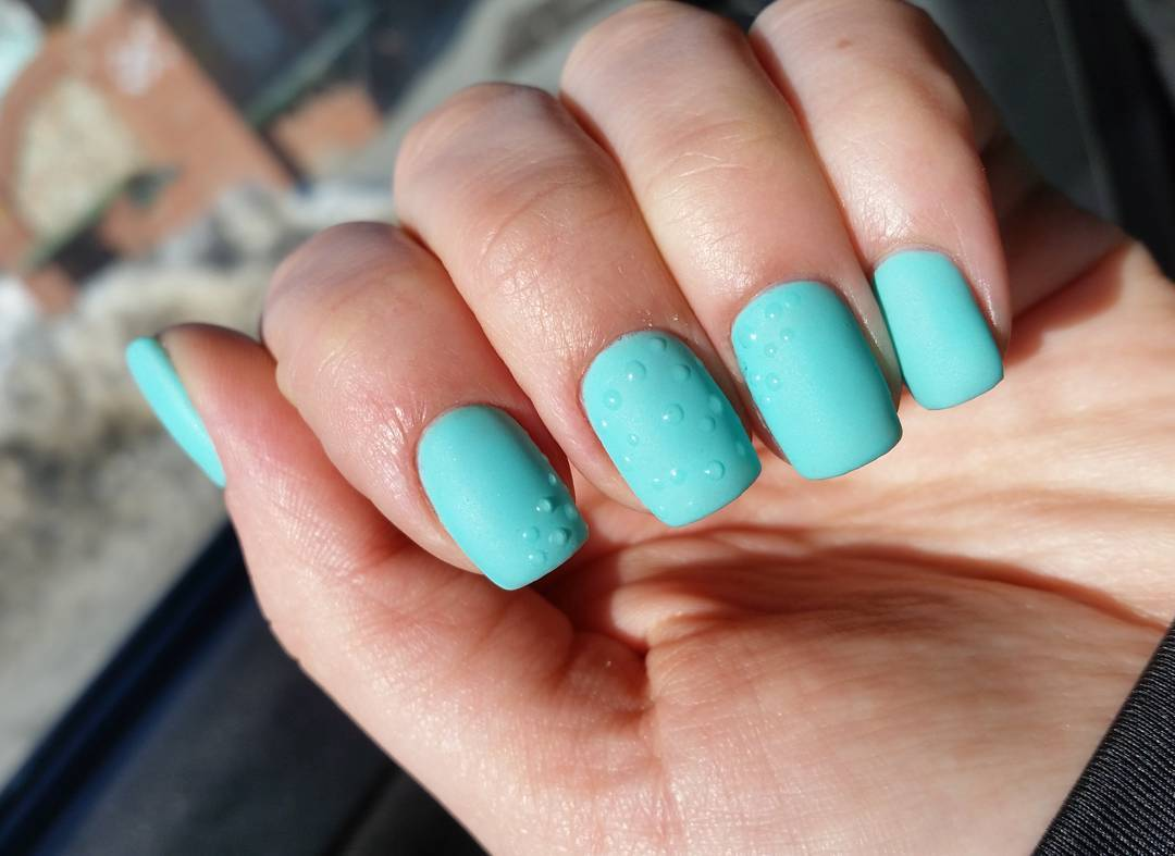 Water drop nails how to do water droplet nail art ladylife if you prefer manicure in dark colors the video where you can find another three versions of stylish nail art will be very interesting for you prinsesfo Images