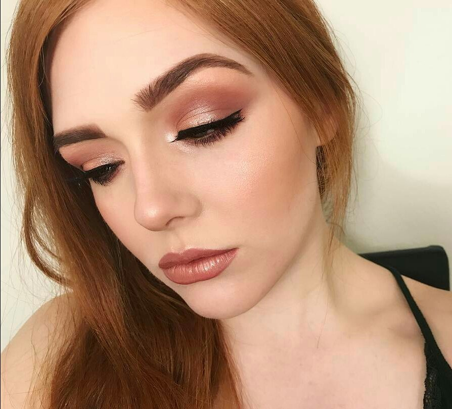 How to Make Your Eyes Look Bigger With Makeup?   LadyLife