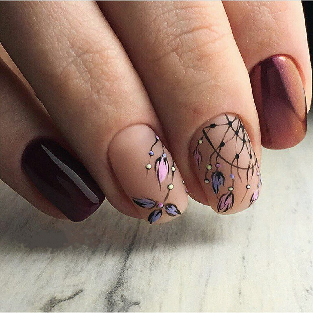Pictures will be also trendy this spring. You can draw them using the  colors mentioned above. It is important to follow the main rule: don't use  thick lines ... - Spring Nail Art 2018: Cute Spring Nail Designs Ideas LadyLife