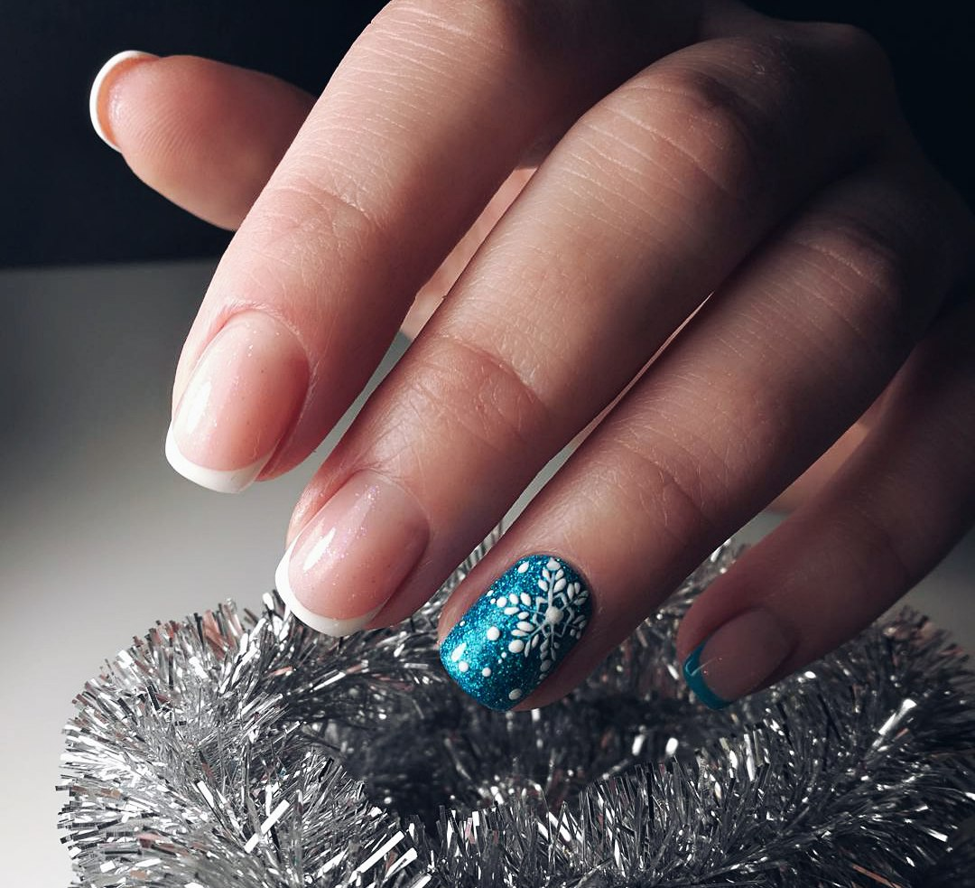 Snowflake Nail Art And Design Easy Step By Step Tutorial Ladylife