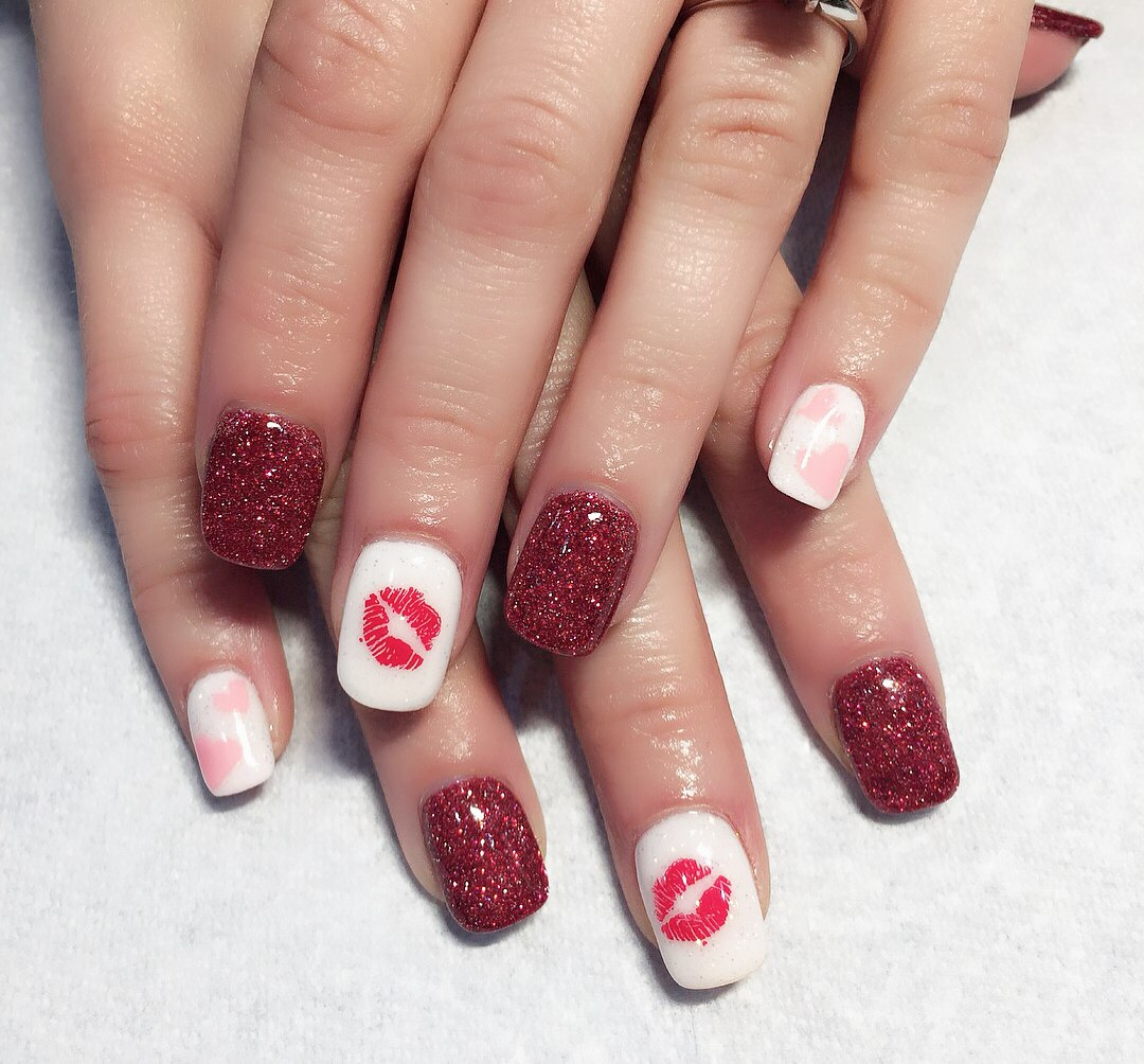 pictures of valentines day nails