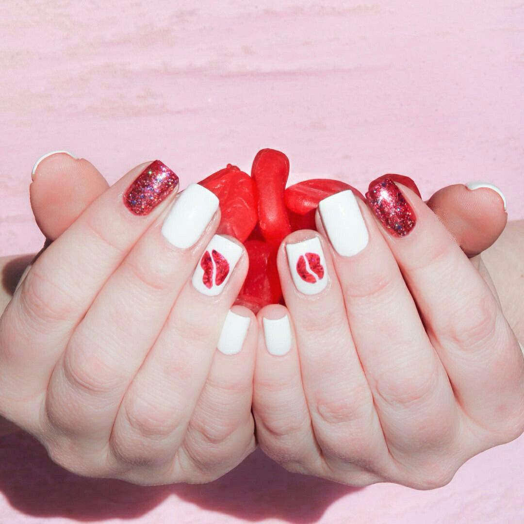 valentine toe nail designs
