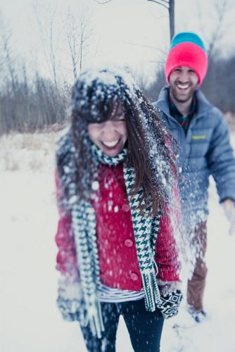 25 Romantic Winter Date Ideas to Try This Year
