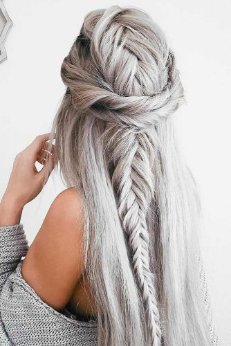 Beautiful and Easy Hairstyles for Homecoming picture 5
