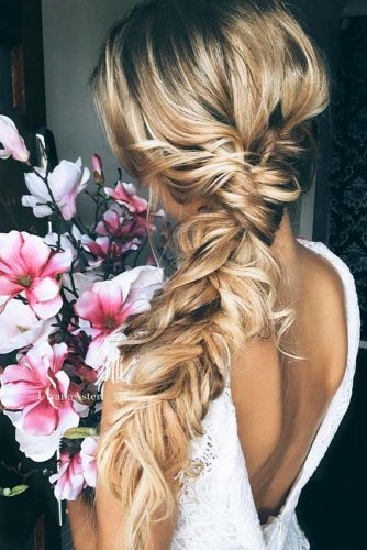 Gorgeous Homecoming Hairstyles for Long Hair picture 1