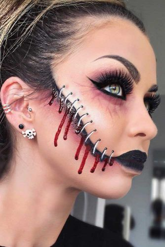 Halloween Makeup Looks For Guys.Halloween Makeup Ideas 2019 33 Halloween Makeup Looks Ladylife
