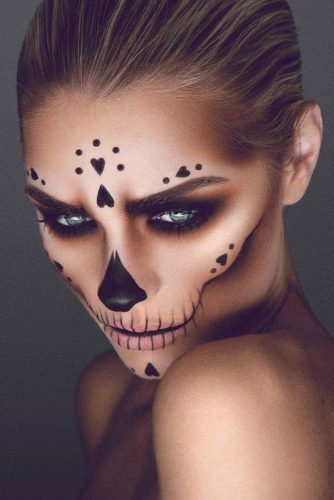 Halloween Makeup Ideas 2019 33 Halloween Makeup Looks Ladylife - Halloween-face-makeup