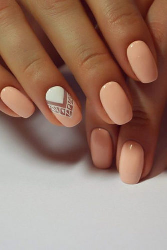 If You Don T Have Time For Creating Some Sophisticated Patterns On Your Nails Go Pure Summer Colors As An Example Simple Peach Color Will Look