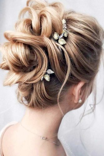 Lovely Homecoming Updo Hairstyles picture 3
