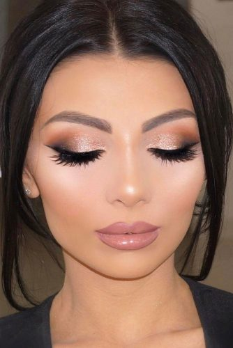 Perfect Prom Makeup with Eyeliner picture 4