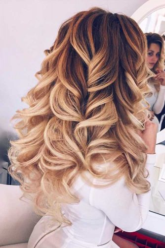 Trendiest Hairstyles for the Big Night picture2