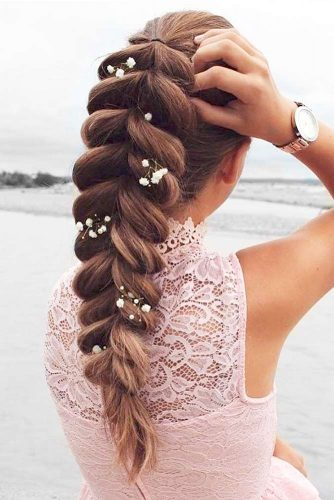 Trendy Updo Hairstyles for Beautiful Prom Look picture3