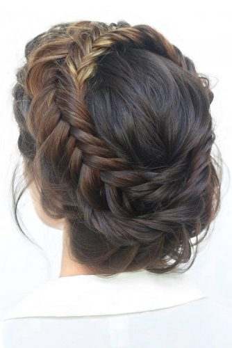 Trendy Updo Hairstyles for Beautiful Prom Look picture4