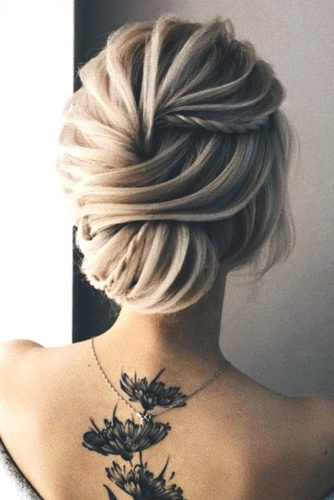 Trendy Updo Hairstyles for Beautiful Prom Look picture6