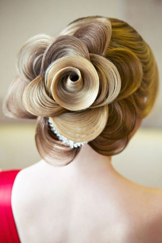 18 Best Rose Hairstyles Ideas For Long Hair With Tutorial