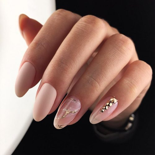 Incredible Matte Nude Nails Ideas Picture 3