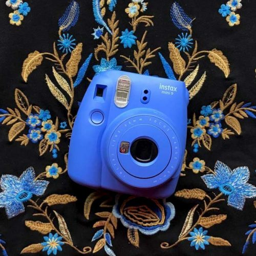 Instant Camera For Memorable Moments picture 1