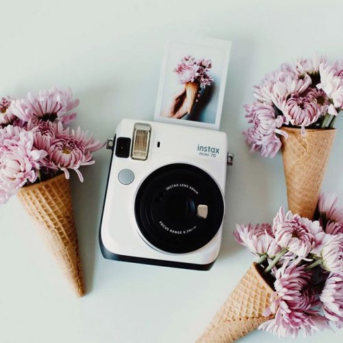 Instant Camera For Memorable Moments picture 3