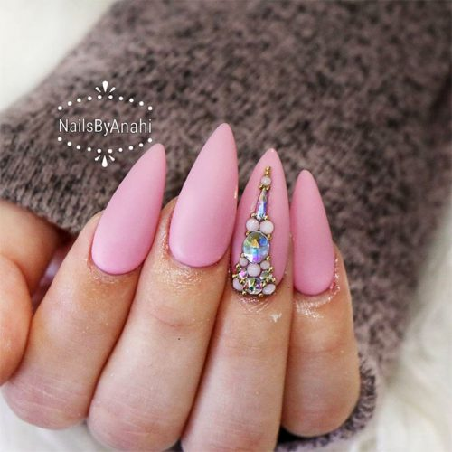 Matte Almond Shaped Nails Picture 3
