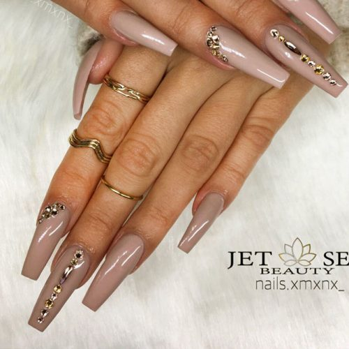Nude Nails with Rhinestones Picture 2