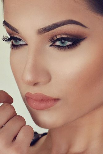 Sexy Cat Eye Makeup Looks picture 6