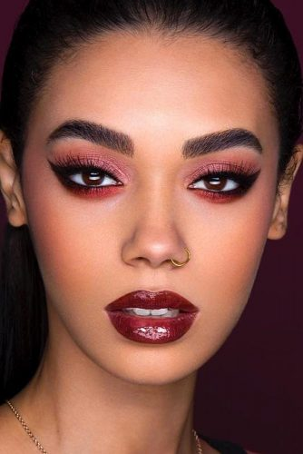 Sexy Makeup Ideas With Cat Eye Eyeline Style picture 3