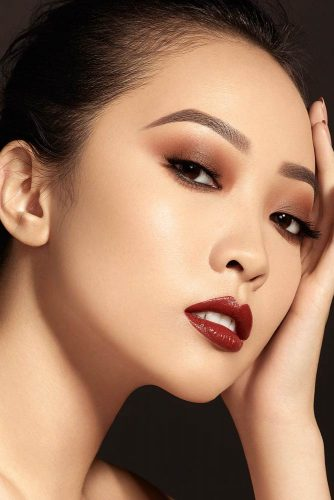 Cat eye makeup for asian eyes, might look better than traditional.
