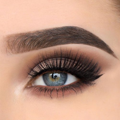 Soft Black Smokey Eyes