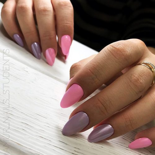 Trendy Designs With Combined Nail Colors Picture 2